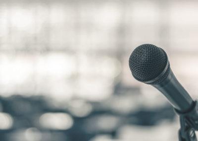 Debat i folketinget: Tyngdedyner skal prøves før medicin